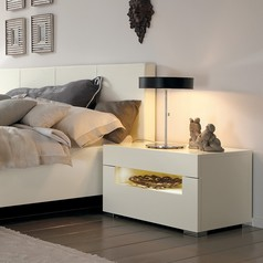 Glossy white wooden bed  abuja lagos portharcort nigeria lane7.index